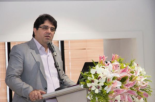 ناصر حکیمی مدیرکل فناوری اطلاعات بانک مرکزی