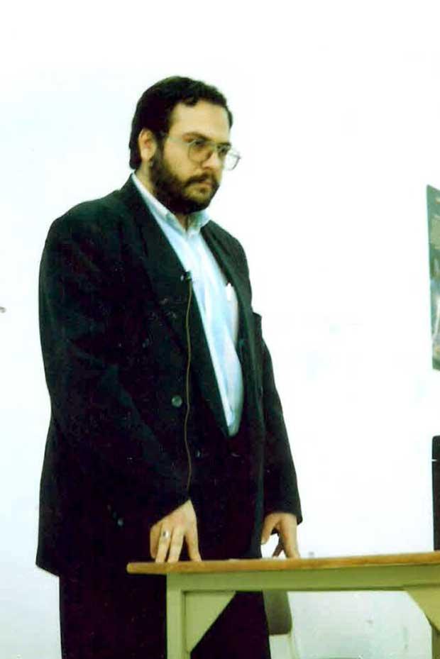شهاب جوانمردی پسر دوم خانواده، پدرش را یکی از الگوهای مدیریتی خود میداند