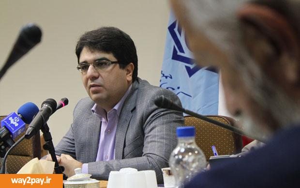 ناصر حکیمی، مدیر کل فناوری بانک مرکزی ایران