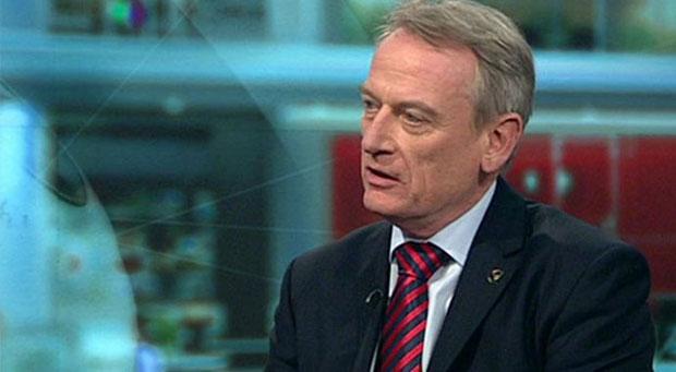 نویسنده کتاب معروف و پرفروش آینده بانکداری Chris Skinner