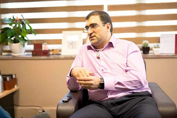 وحید محمودیان بهعنوان یک بانکی به رمیس اضافهشده تا راهحلهای پرداخت جان تازهای بگیرند.