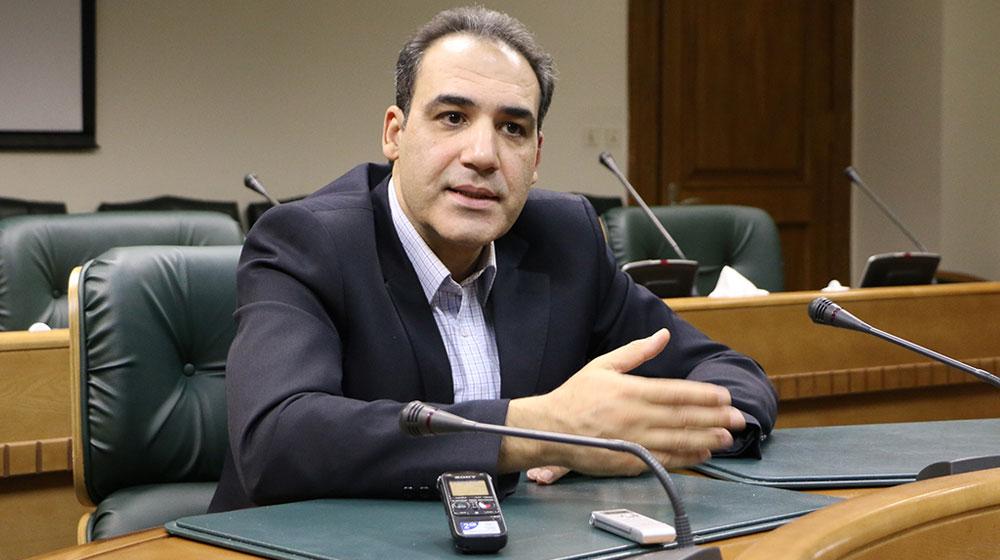 محمد بیگی: فروش بیت کوین در صرافیها غیر قانونی است