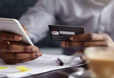 شخصیسازی اپلیکیشنهای مالی