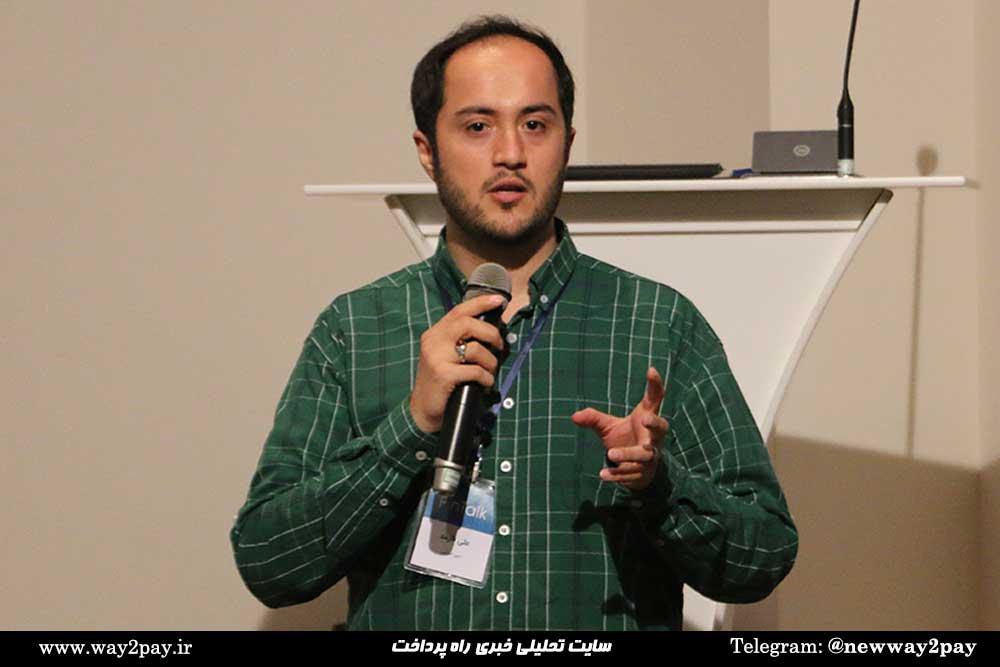 علی فارمد بنیانگذار حسابیت در انتهای مراسم از حضور همه تشکر کرد