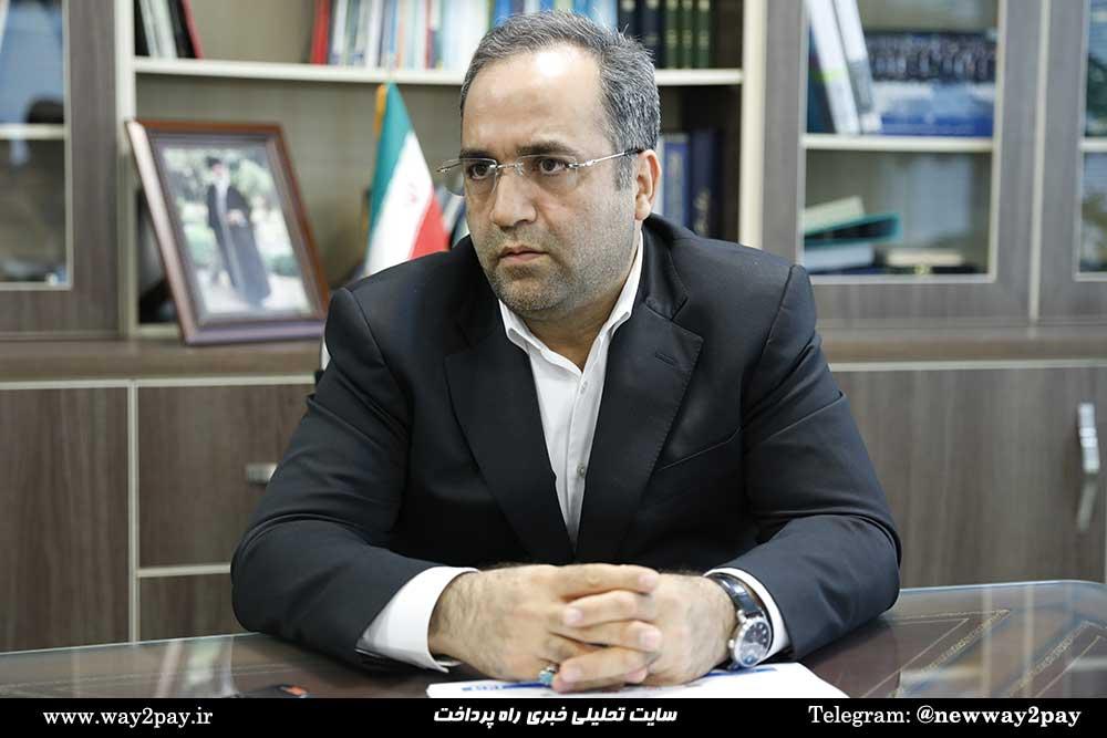 حسین رحمتی عضو هیاتمدیره بانک رفاه کارگران