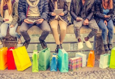 خرید نسل هزاره از فروشگاهها