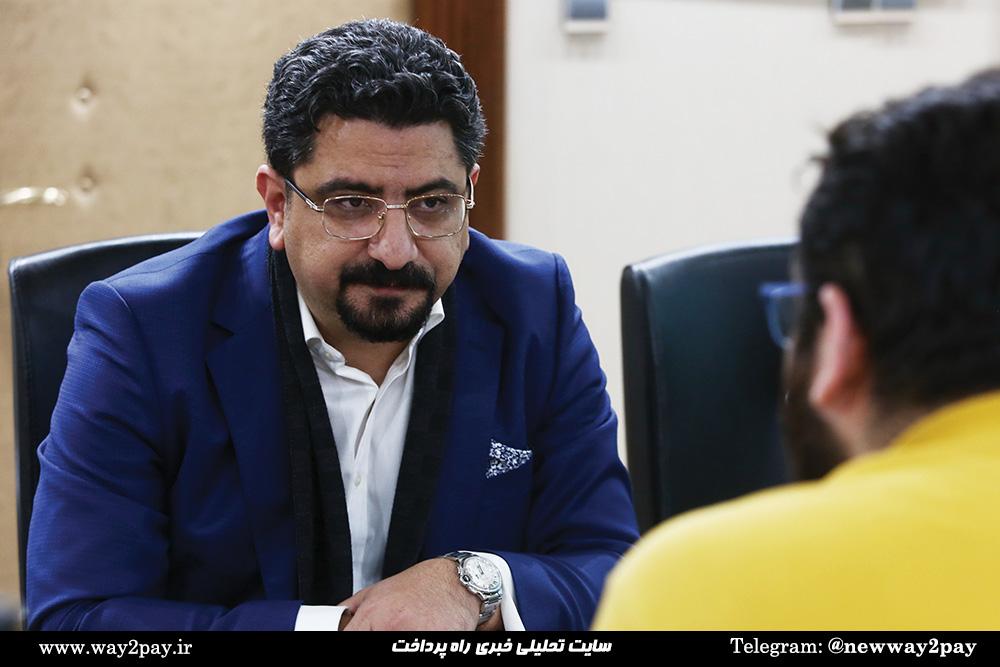 صادق فرامرزی؛ مدیرعامل شرکت کارت اعتباری ایران کیش
