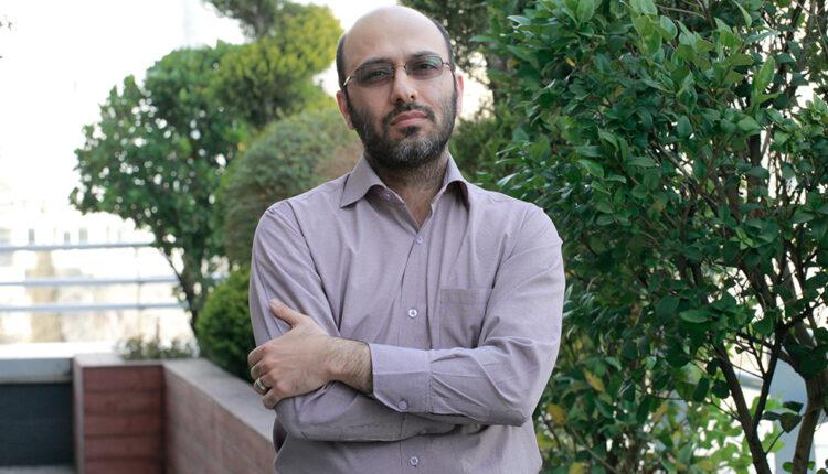 حمیدرضا آموزگار، معاون توسعه محصول و عضو هیئتمدیره شرکت «داتین»