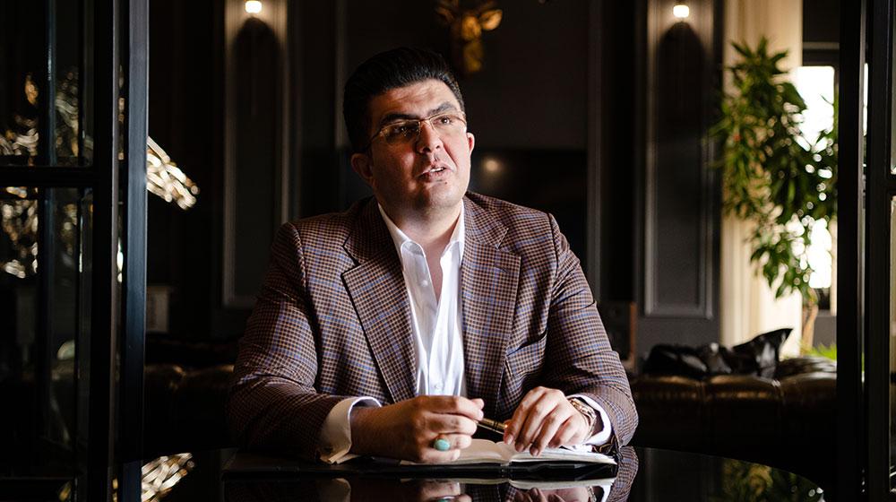 حسین مرادی، بنیانگذار سامانه امن معاملات آنلاین، تضمینچی