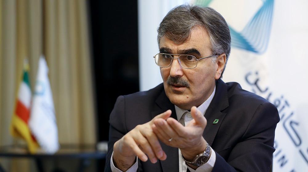 محمدرضا فرزین، مدیرعامل بانک کارآفرین