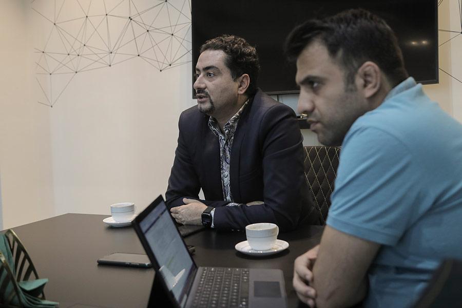 محمد قاسمی، مدیرعامل و احمد زندی، مدیر فنی و عضو هیئتمدیره شرکت سوشیانت